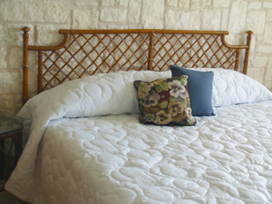Eyelet Quilted Bedspread